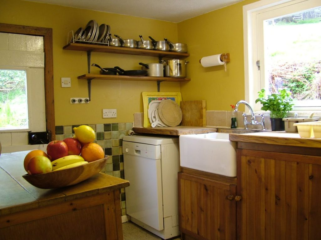 holiday cottage kitchen 3